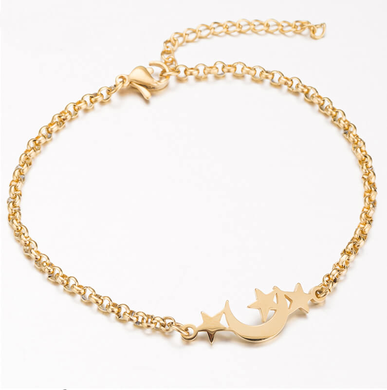 This is gold moon and three stars bracelet.