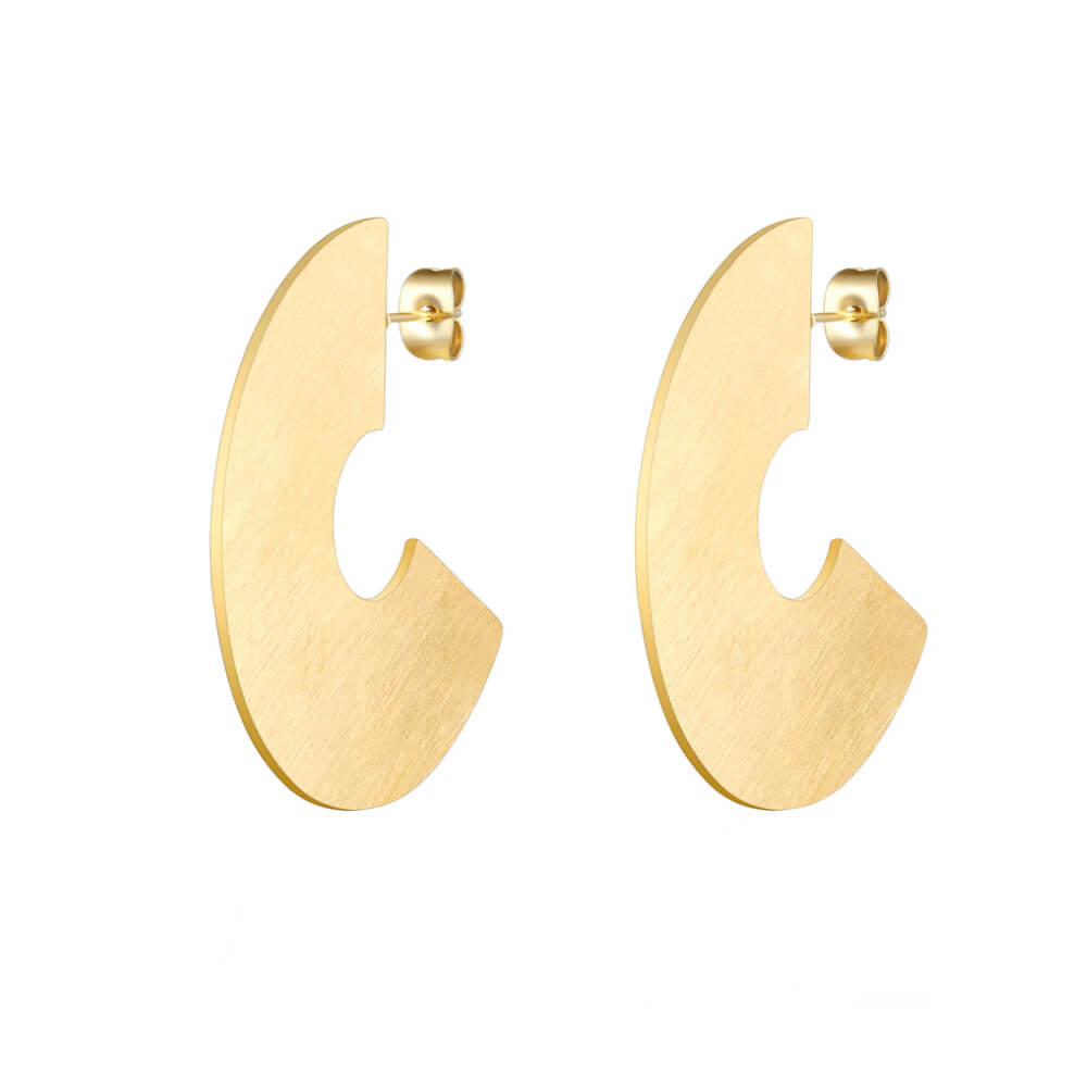 This is gold color big fan dangle earrings.