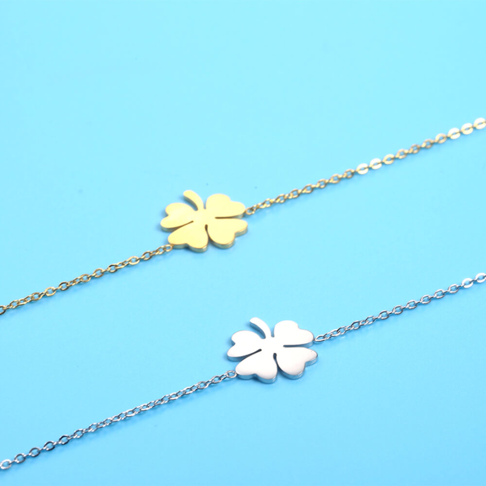 This is the clover Anklet chain.