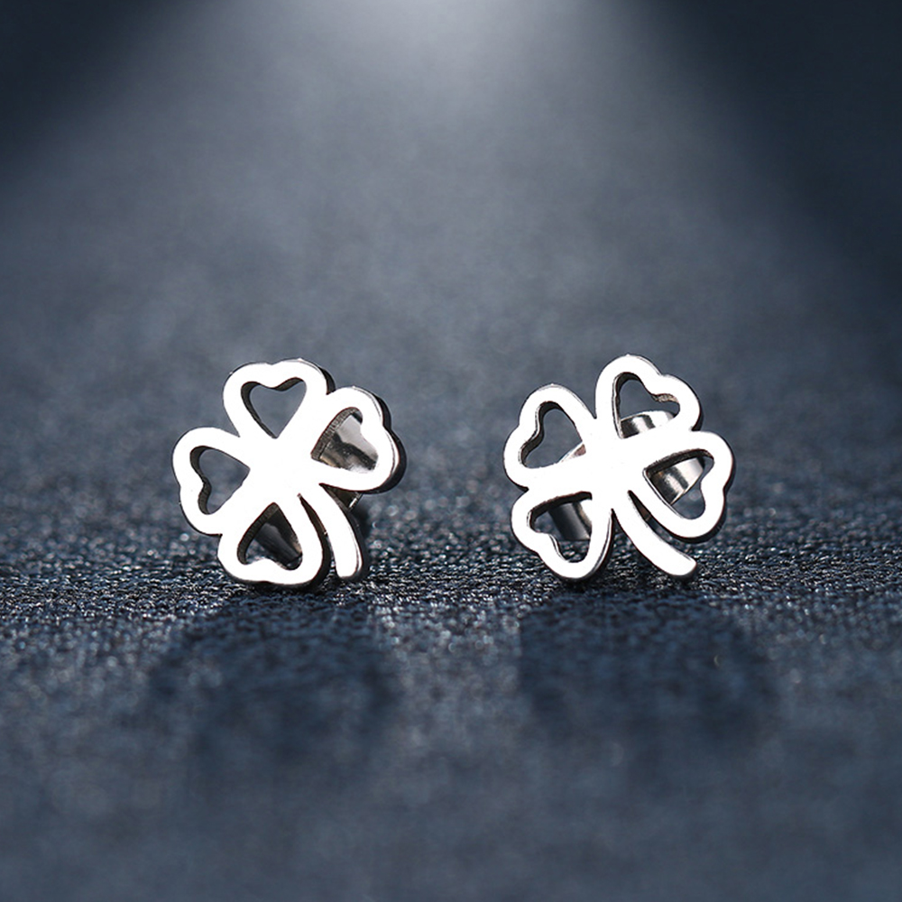 This is a pair of clover shaped earrings.