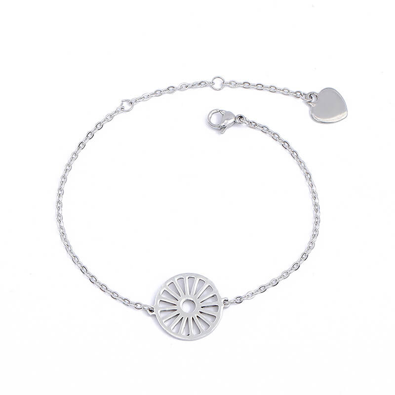 This is a wheel charm bracelet.