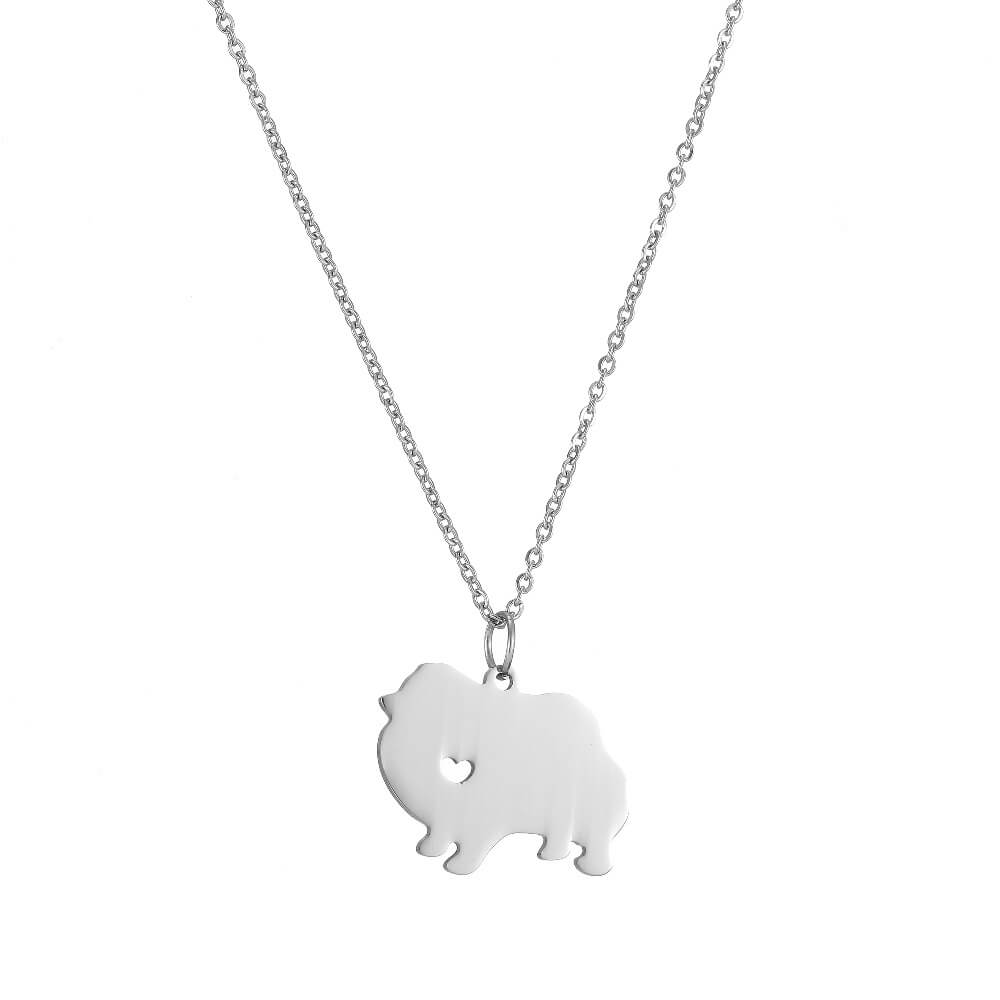This is pubby shaped pendant neckalce.
