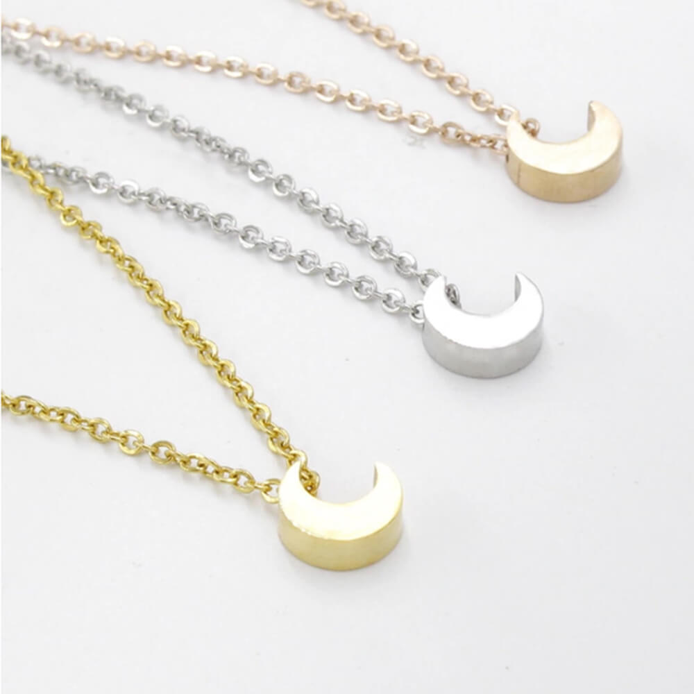 Three colors moon Chram necklace