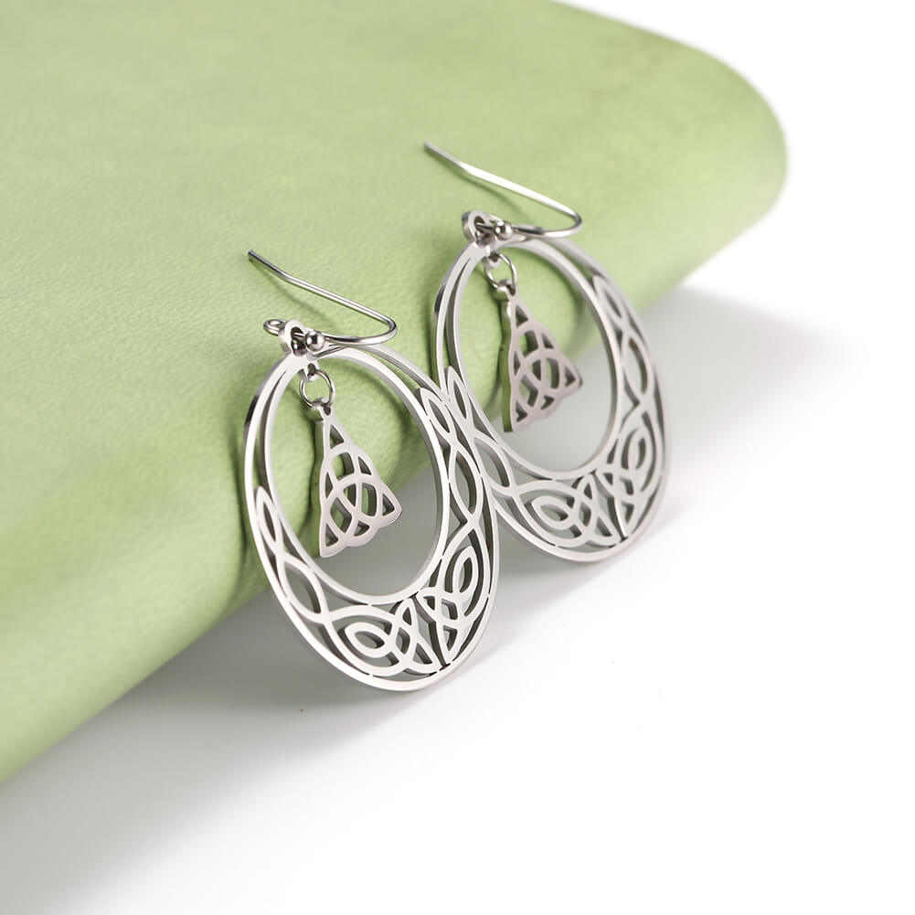This is steel color earrings.