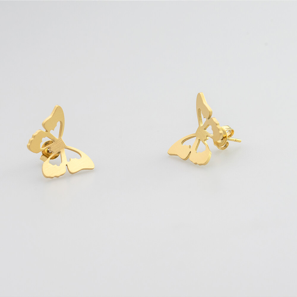 This is gold color earrings.
