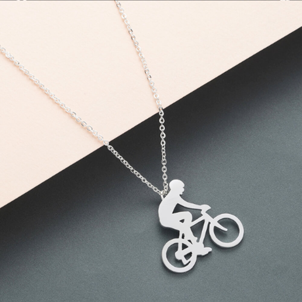 This is creative pendant necklace.