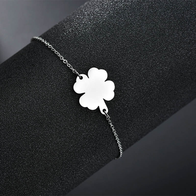 This is a Four leaf clover bracelet.