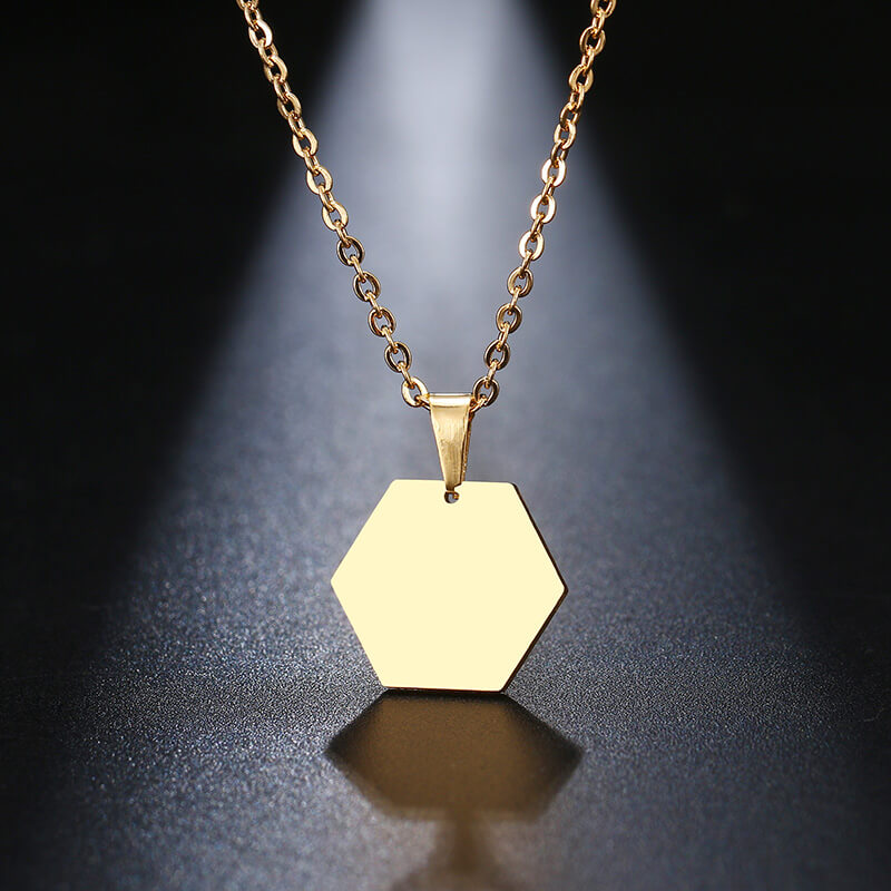 This is gold color necklace.