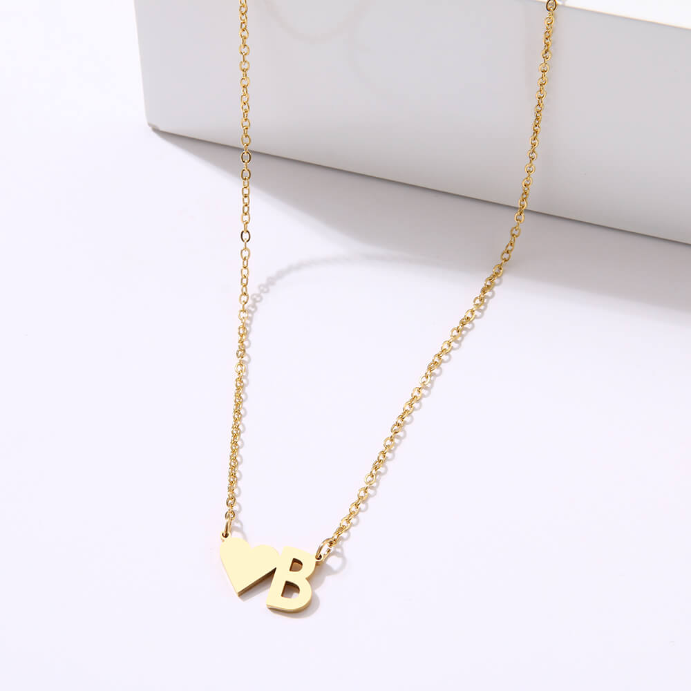 This is heart pendant necklace.