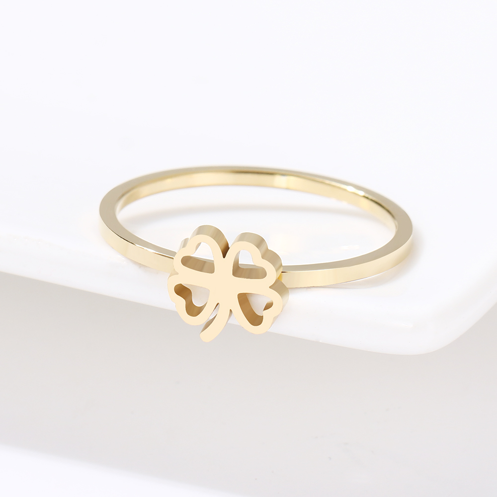 This is gold color rings.