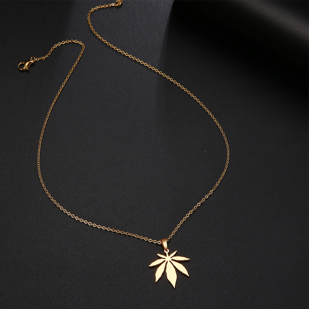 Maple necklace