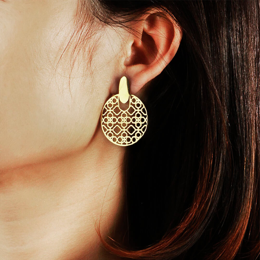 Hollow out earrings