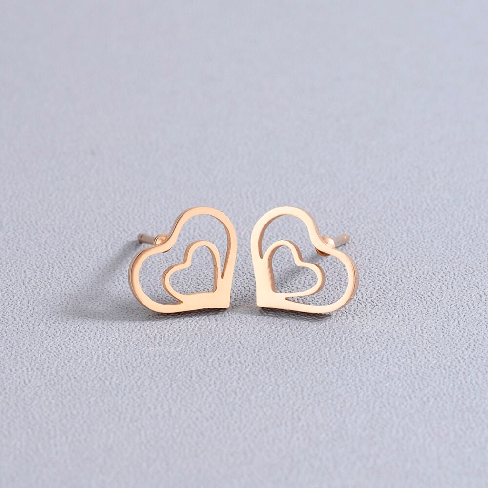 This is heart earrings.