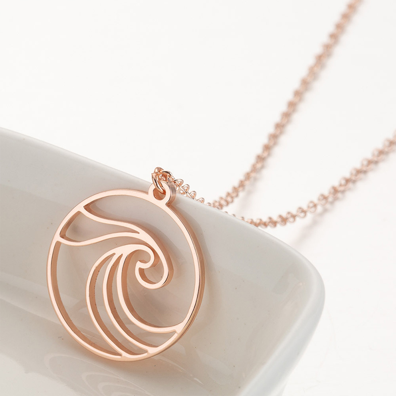 Simple Wave Necklaces