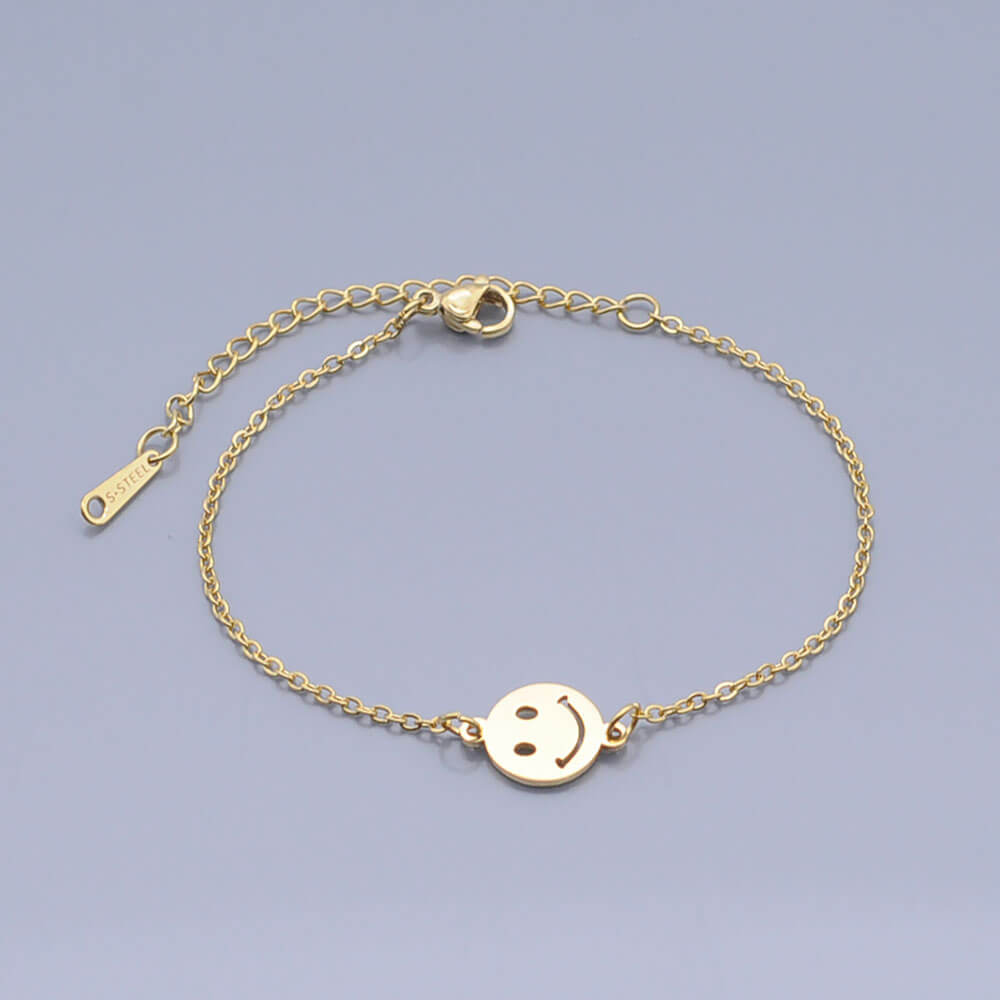 This is smile bracelet.