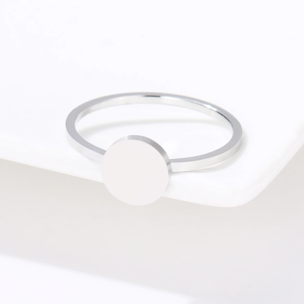 This is simple ring.