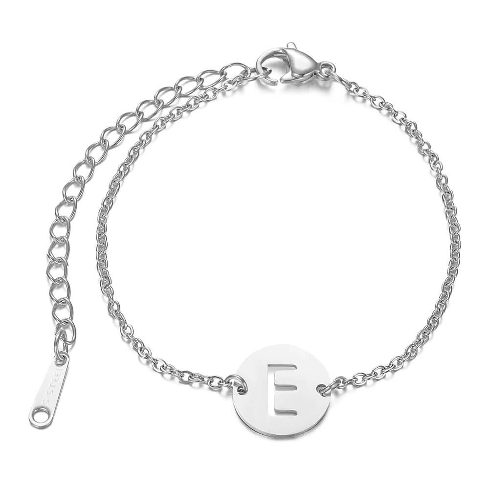 This is letter charm bracelet.