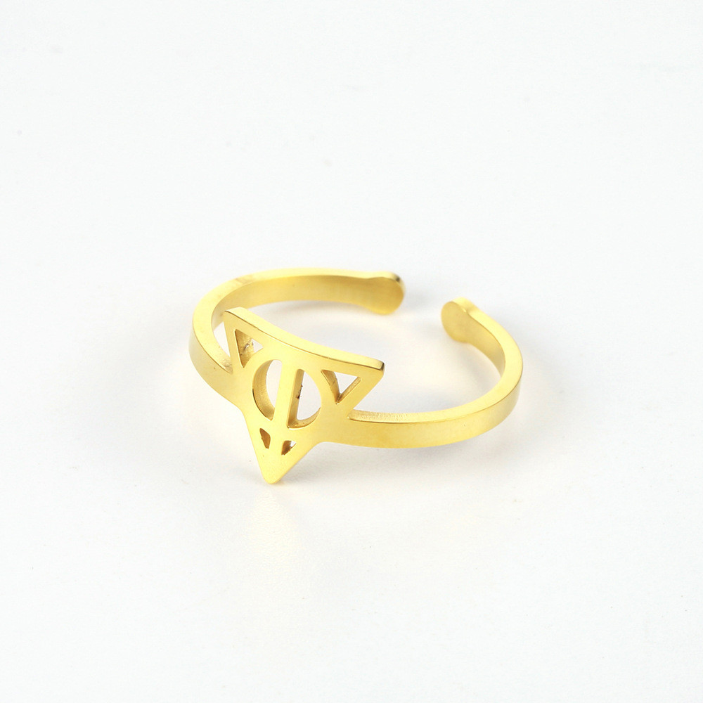 Opening Triangle Ring